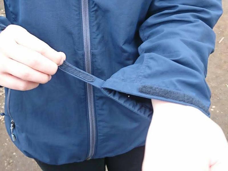 モンベル odパーカは袖口の調節ができる
