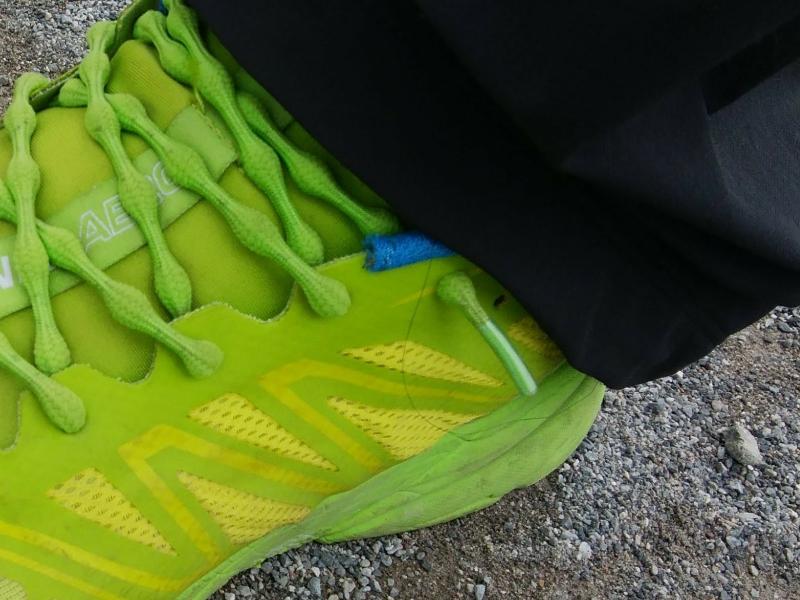クールノットの靴紐は28cmの靴でゆるめに履くとギリギリの長さ